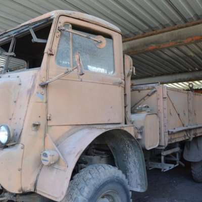 Militaire RC jeep (22 cm) met soldaat en .50 machinegeweer